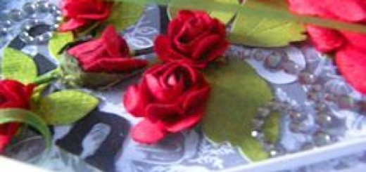 różyczki handmade - dodatek do karty urodzinowej